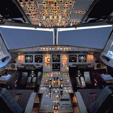 avion_cabina.jpg